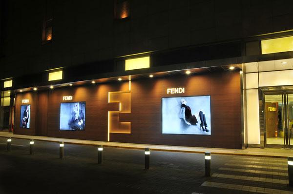 淮河路步行街专卖店p2.5电子屏