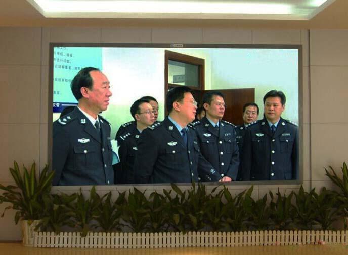 淮南交警大队室内P1.66全彩显示屏